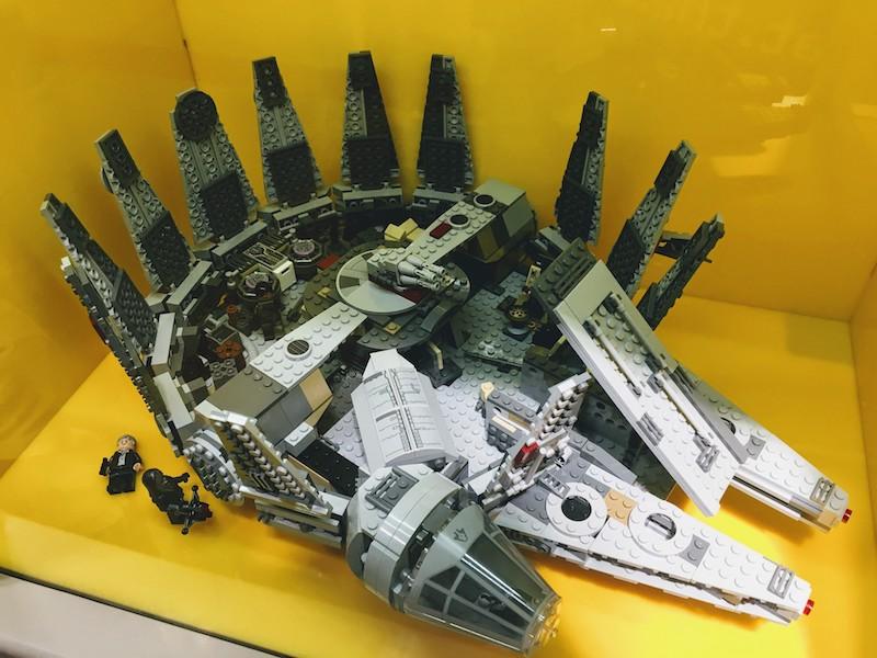 Lego store 3